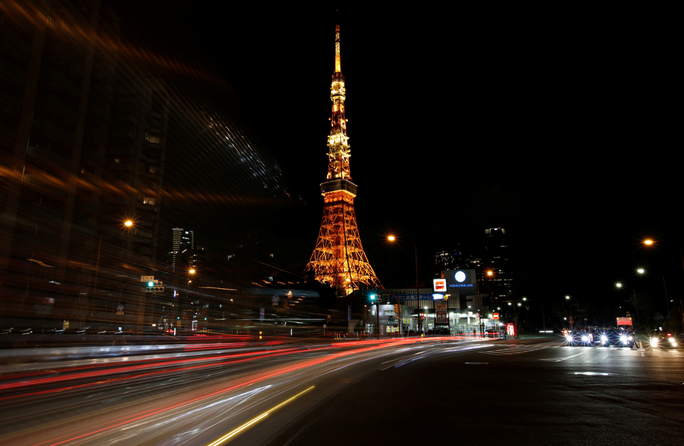 The Tokyo Tower is seen illuminated minutes before Earth Hour in Tokyo, Japan March  25, 2017. REUTERS/Issei Kato