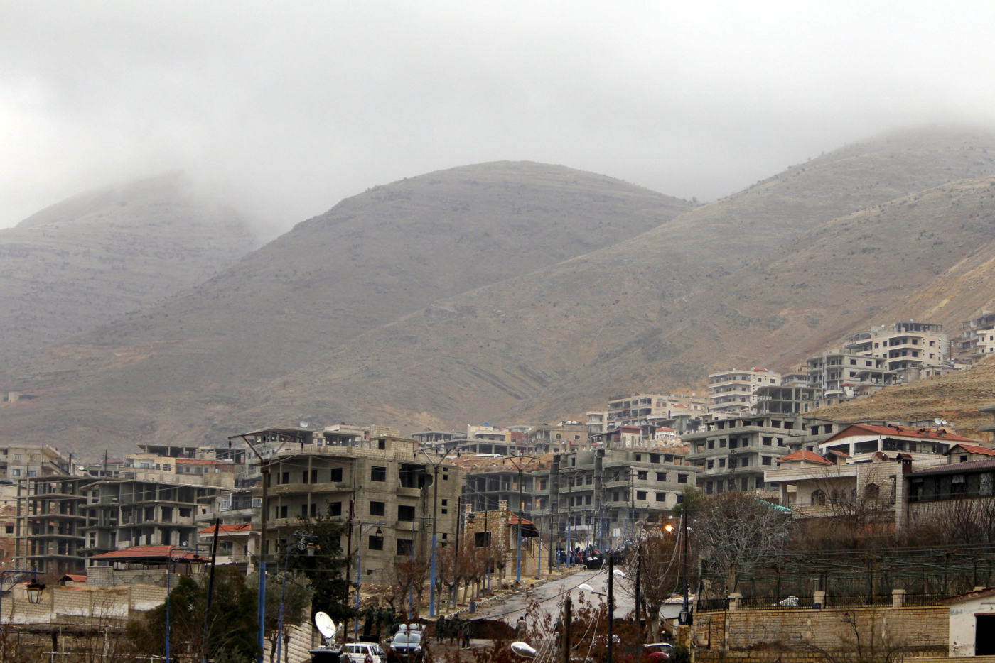 FILE PHOTO: A general view shows the town of Madaya, Syria, January 14, 2016. REUTERS/Omar Sanadiki/File Photo